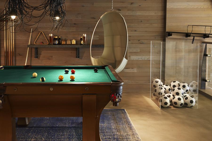 Hotel Zetta Game Room
